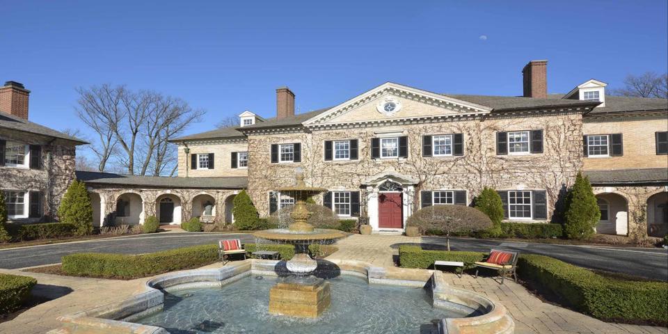 Richard Marx's Lake Bluff mansion