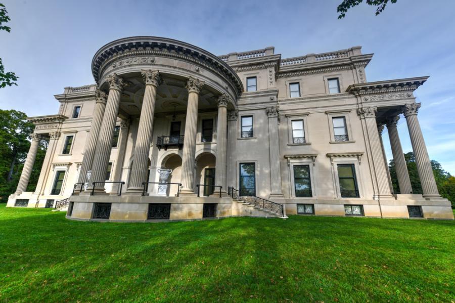 Chicago mega-mansions