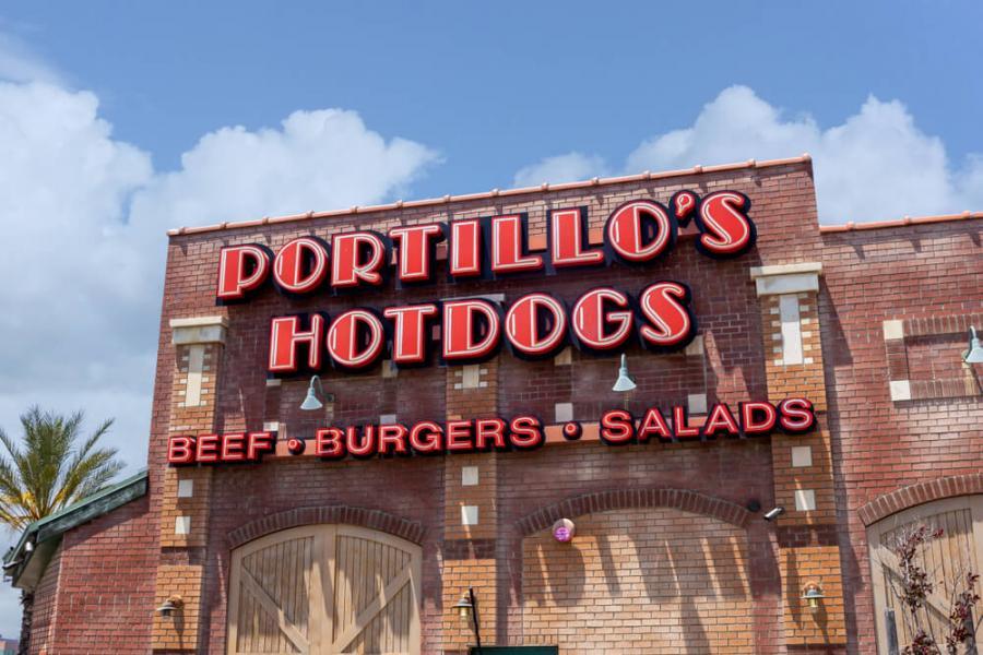 Portillo's restaurant