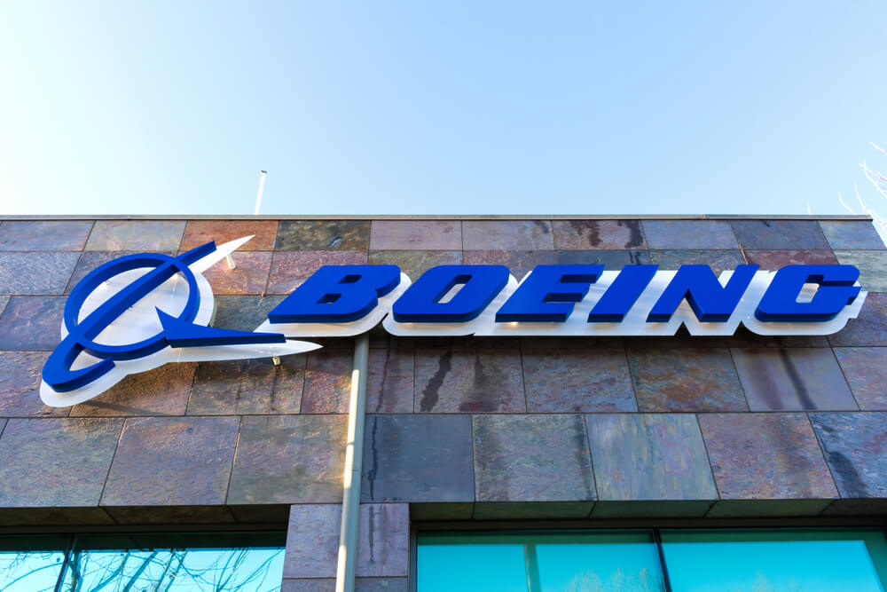Boeing Helps Chicago Public Schools Students with $1.5 Million Technology Gran