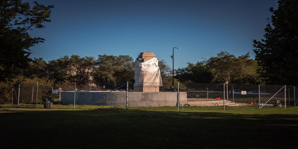 Chicago Monument Project